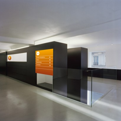 wayfinding_orange